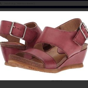 Miz Mooz Mariel Wedge Sandals  8.5